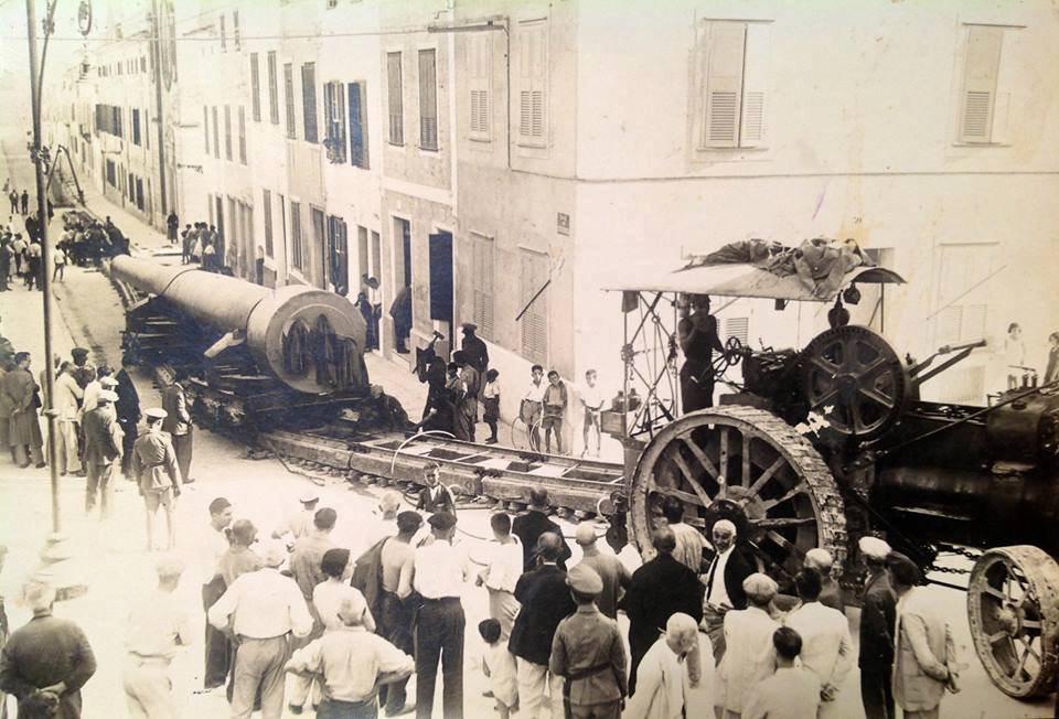 15 inch gun being dragged by a traction engine through mahon