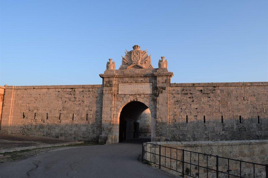 Fortalesa Isabel II main gate (Matthew Moss)